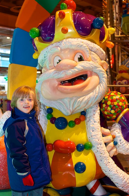 candy land king of candy toys r-us nyc