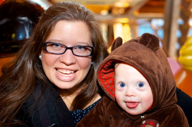 down syndrome pictures children baby with mom mother