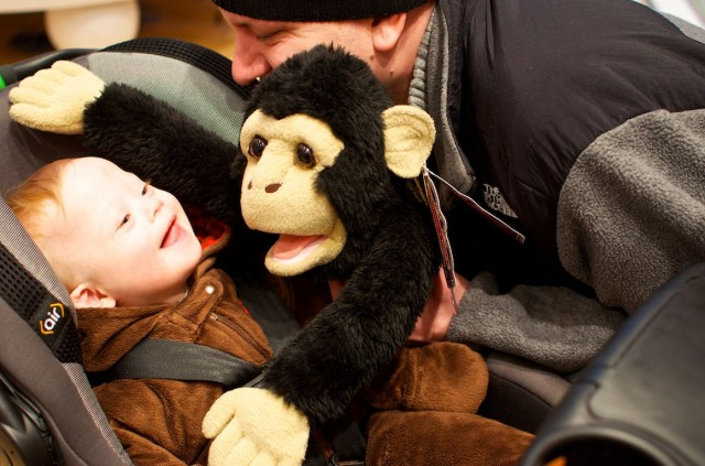 fao-schwarz-new-york-nyc-father-son-playing-fun-puppet 5
