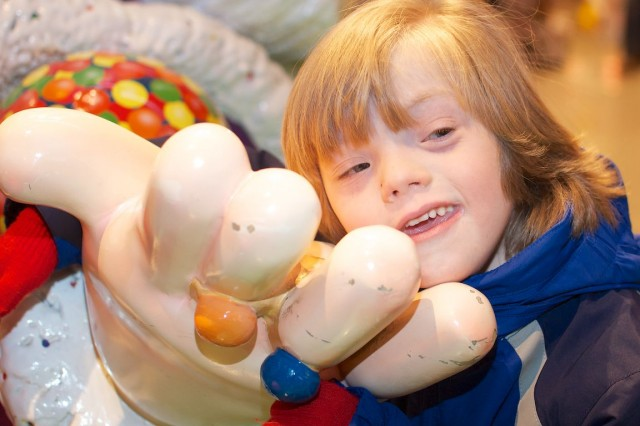 kid-model-down-syndrome-special-needs