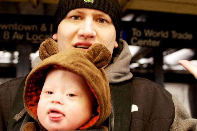 new-york-train-subway-station-father-son-new-york 2