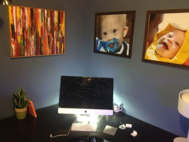 noahs-dad-desk-computer-workstation