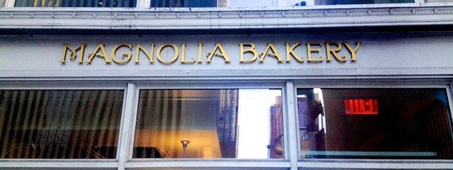 magnolia-bakery-6th-ave-sign-new-york-cupcake-store