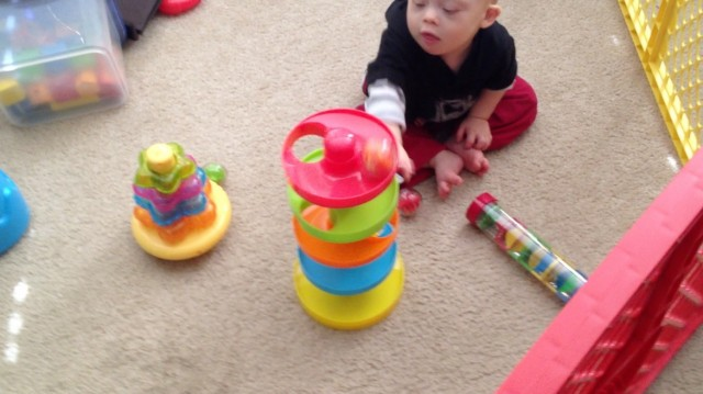 ball ramp plastic toy developmental