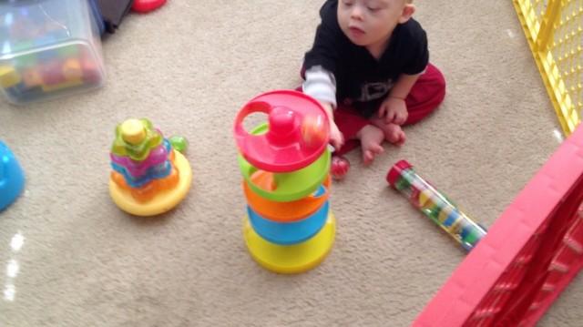 ball ramp plastic toy developmental
