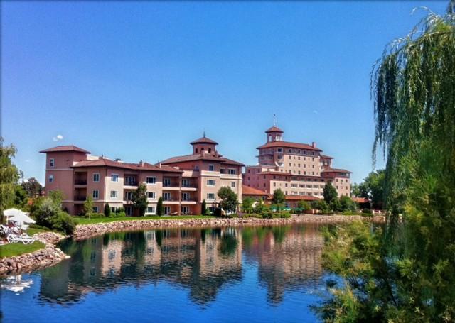 broadmoor hotel colorado springs resort