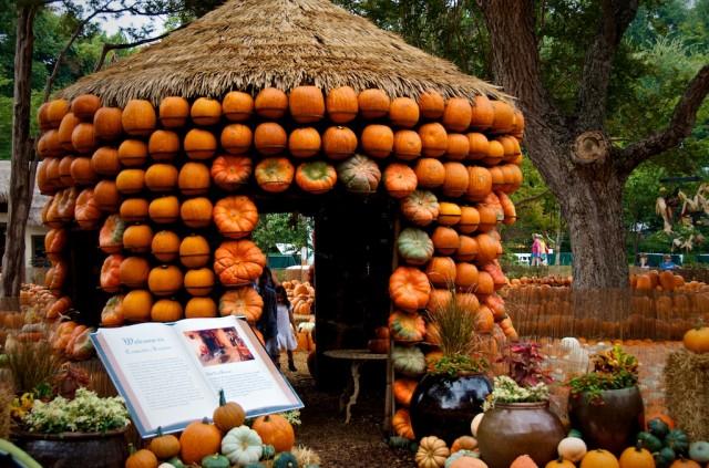 storybook castle dallas arboretum pumpkin festival