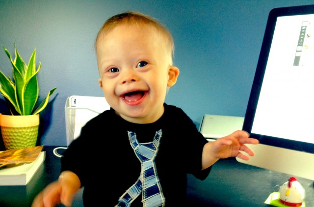 Reason #453 Why Being This Boy's Dad Is Awesome: This Face On My Desk. Daily.