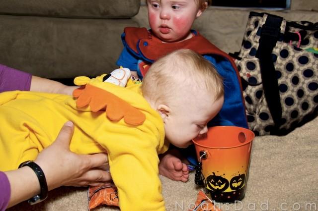 kids children eating halloween candy