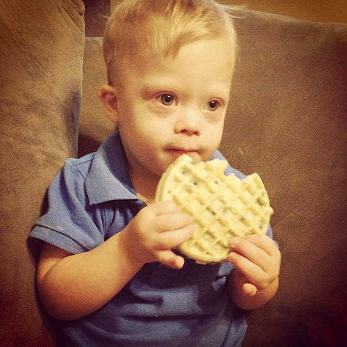 pictures-of-baby-with-down-syndrome-baby-eating