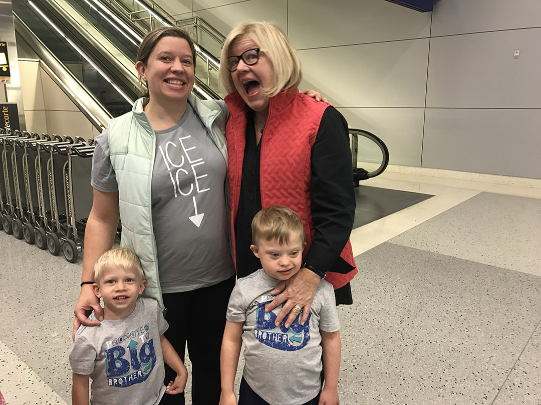 baby announcement surprise grandma airport
