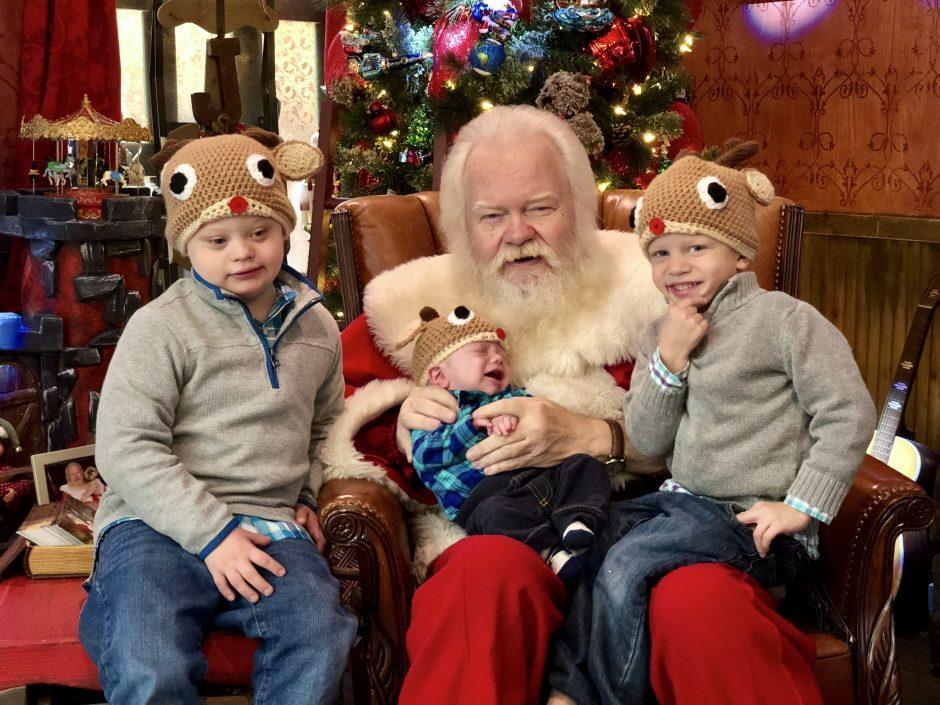 carl anderson northpark mall santa line wait time